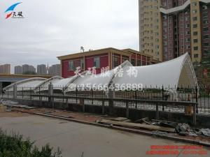 淄川二里社区车库出入口