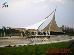 泰安汶河景区张拉膜景观